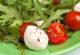 Салат з руколою і моцарелою
