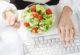 Быстрые салаты – идея обедов в офисе
